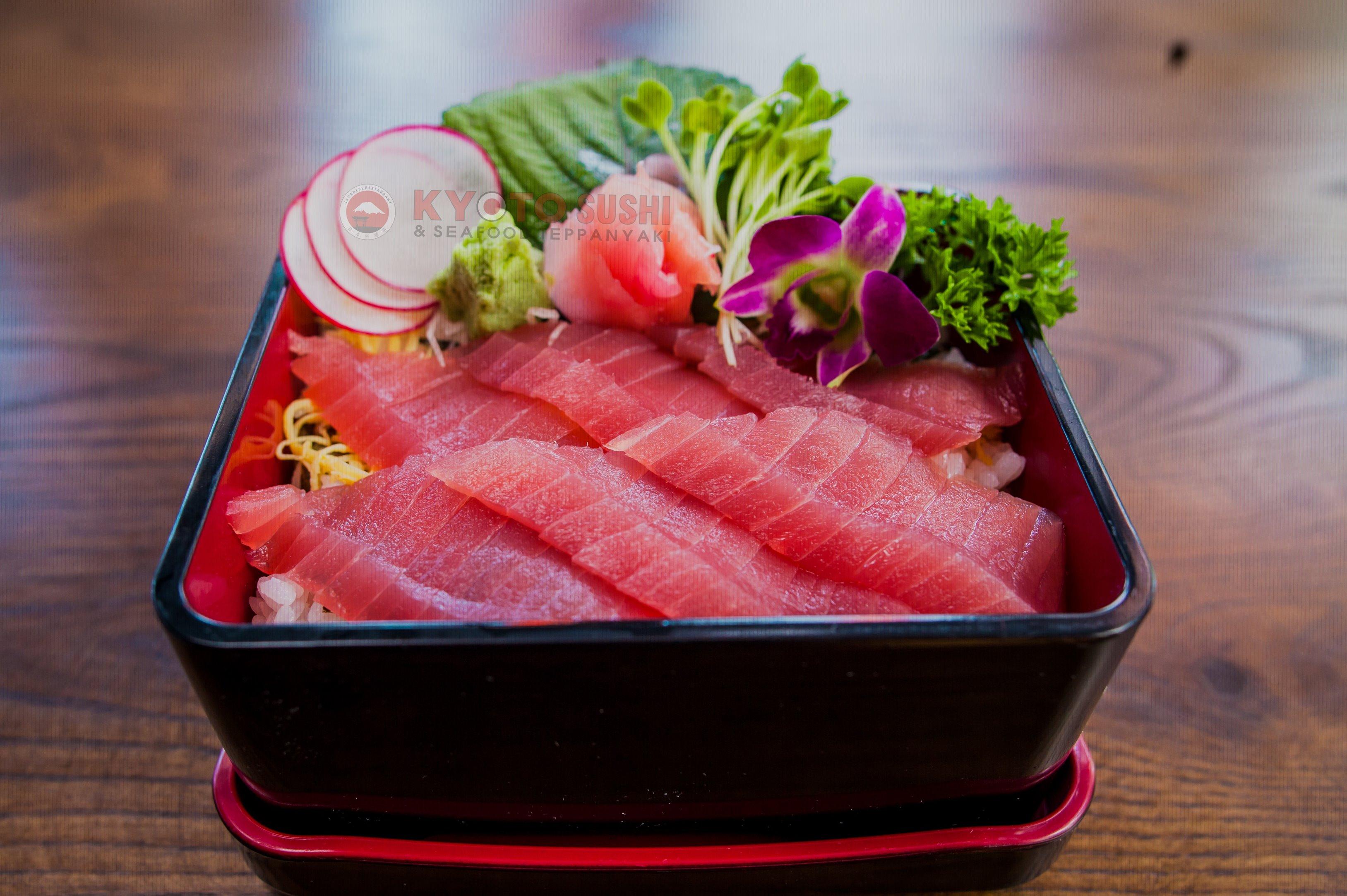 Sashimi Cá Ngừ hương vị khó cưỡng tinh tế của ẩm thực Nhật
