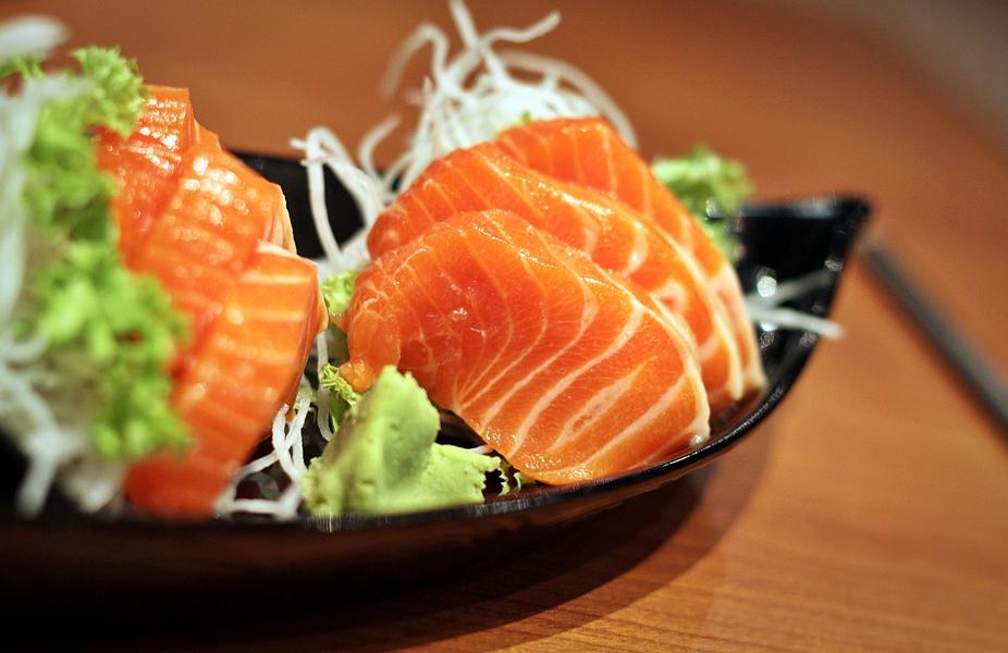 Hải sản tươi ngon làm nên Sashimi trứ danh của đất nước Nhật Bản