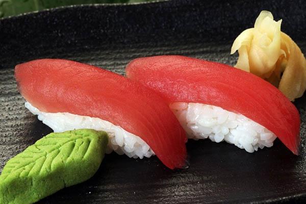 cách chế biến sushi cá ngừ